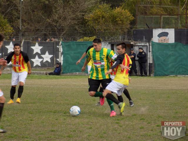 Belgrano y Defensores de Salto (16)